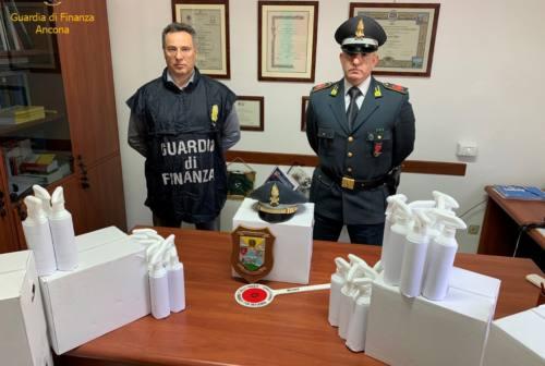 Covid e truffe, sequestrati 300 flaconi di falso spray igienizzante a Jesi