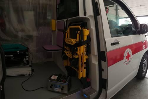 Sanificatore a ozono per le ambulanze, il regalo del Rotary alla Croce Rossa di Fabriano