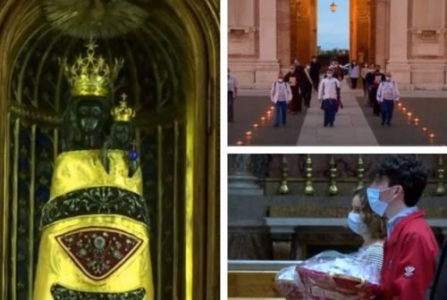 Papa Francesco ai pellegrini virtuali della Macerata-Loreto: «In questi momenti difficili abbiate coraggio»