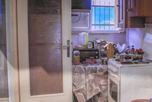 Hotel Trocadero, incontro in Comune per trovare soluzioni per le famiglie in difficoltà