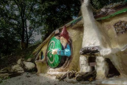 A Sefro riapre il bosco incantato: «Turismo sostenibile e un percorso ludico e pedagogico»