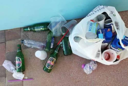 Giovani vandali in azione negli stabilimenti balneari, imprenditori esasperati