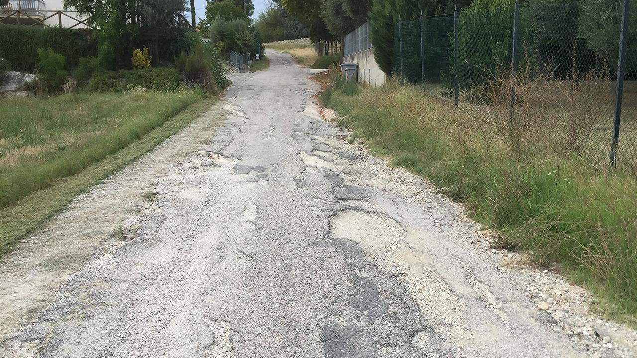 Una delle strade secondarie di Corinaldo