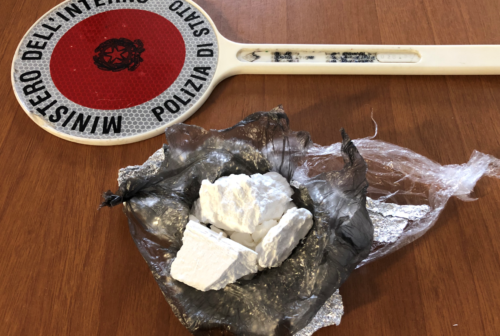 Pesaro, cocaina destinata alla movida: arrestato pusher albanese arrivato dalla Romagna