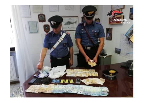 Dieci dosi di cocaina in casa, un arresto a Chiaravalle