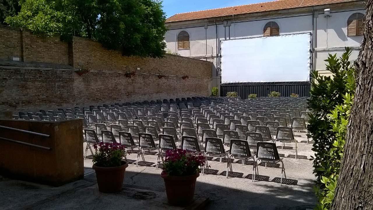 L'arena estiva del cinema Gabbiano di Senigallia
