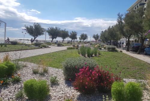 Pesaro, i nuovi giardini al mare in via Colombo intitolati a Nilde Iotti