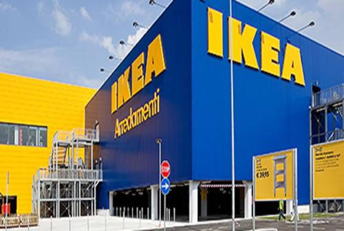 Paura all'Ikea di Camerano, negozio evacuato per allarme bomba