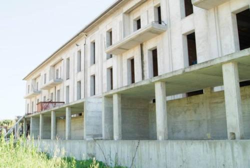 """Senigallia, venduto il """"colosso"""" di via Rodi"""