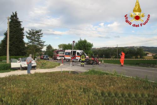 Tragico schianto a Villa Potenza, muore papà di due gemelli