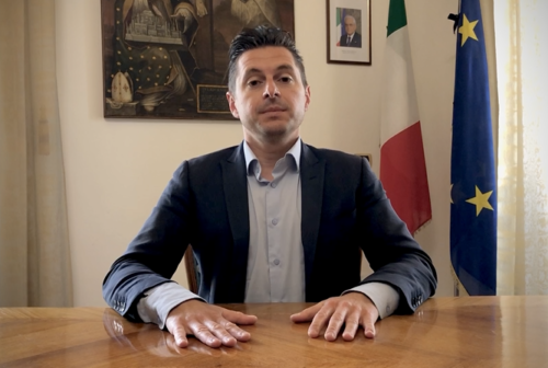 Ascoli, il sindaco Fioravanti: «In memoria del 2 giugno ricostruiamo l'Italia senza lasciare indietro nessuno» – VIDEO