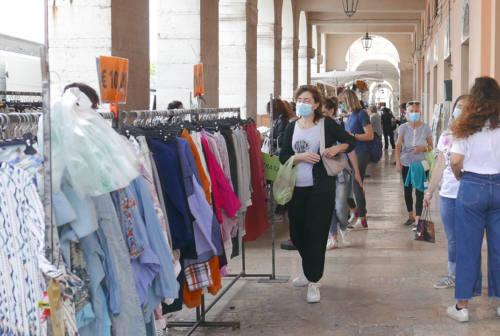 Terzo giovedì di mercato a Senigallia dopo la fine del lockdown per il covid
