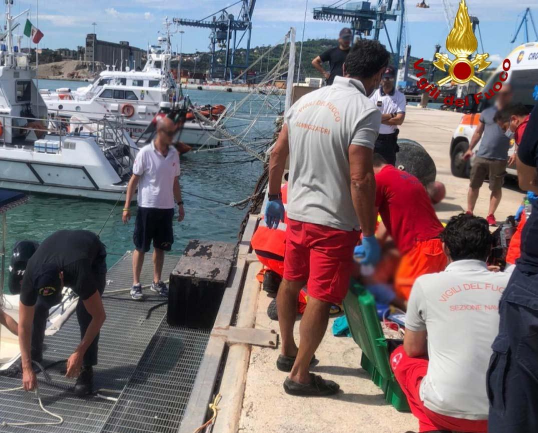porto di Ancona, soccorsi