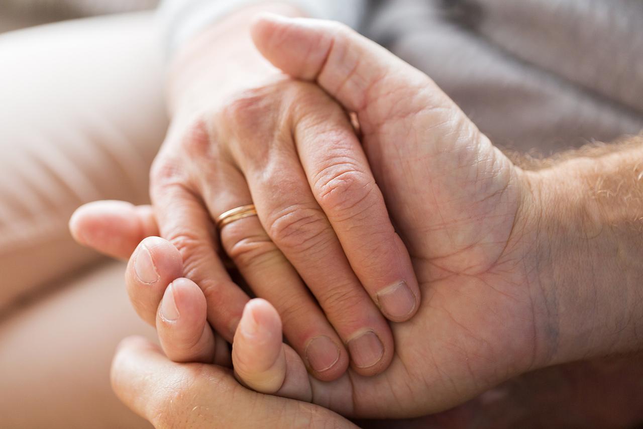 cura degli anziani, alzheimer, demenze