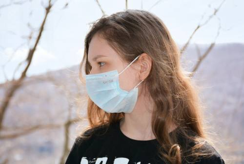 Coronavirus, contagi fra minori. Giacometti: «Gli anziani più furbi, hanno imparato la lezione»