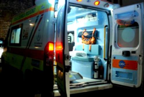 Fano, pensionato travolto da un'auto trasportato in codice rosso a Torrette: è grave