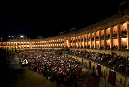 Macerata: Sferisterio 100×100. Per il centenario del MOF in scena Aida, Il barbiere di Siviglia e La Traviata
