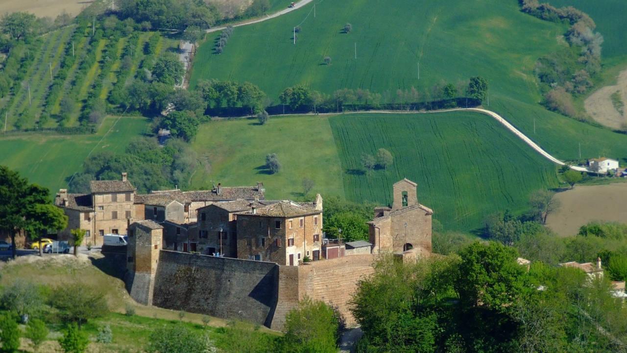 Arcevia: castello di Loretello