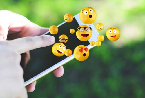 Emoji ed emoticon, cosa dicono di noi?