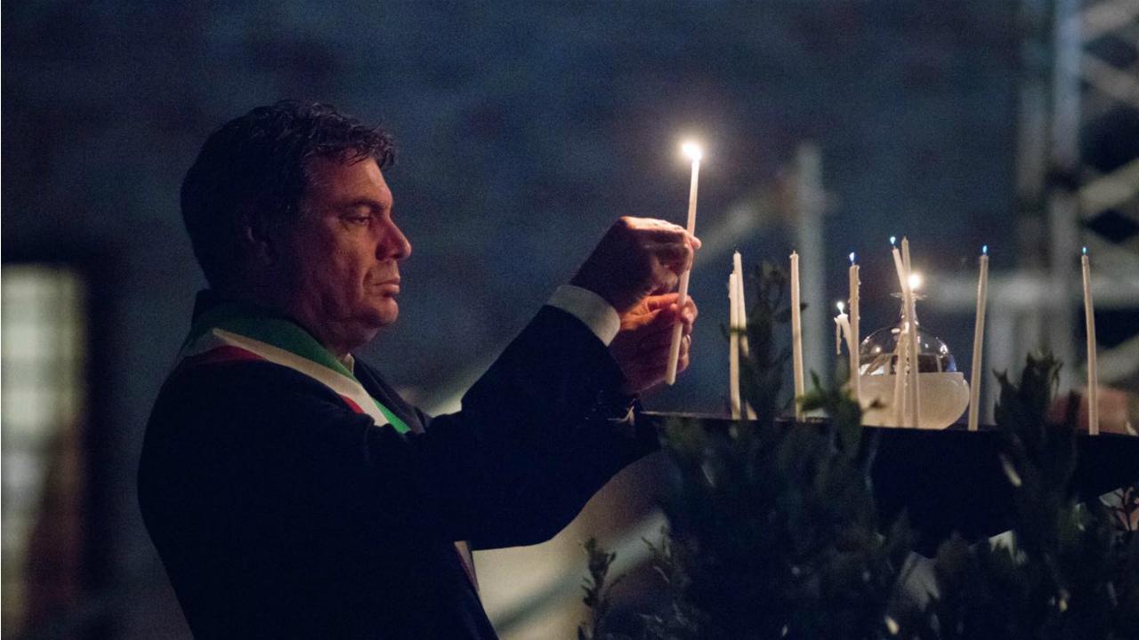 Il Sindaco Seri alla serata in ricordo delle vittime della pandemia