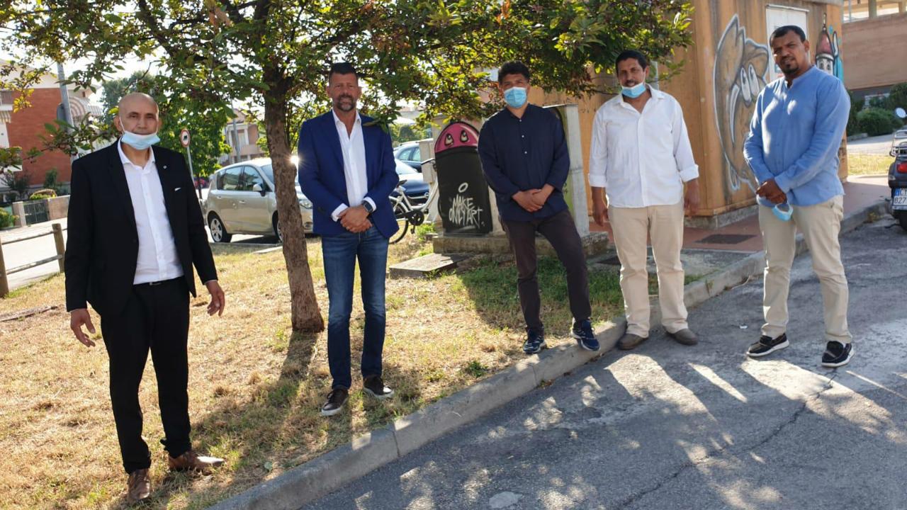 Il sindaco Mangialardi con i rappresentanti islamici