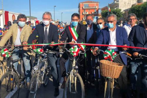 Inaugurata a Marotta una nuova porzione di Ciclovia Adriatica. Presto toccherà a Fano e Senigallia