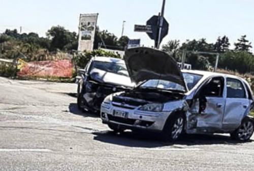 Fano, incidente stradale in via Mattei: coinvolte tre auto