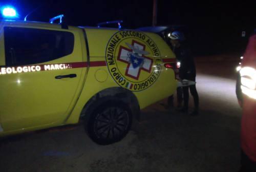 Genga: soccorso escursionista moldavo