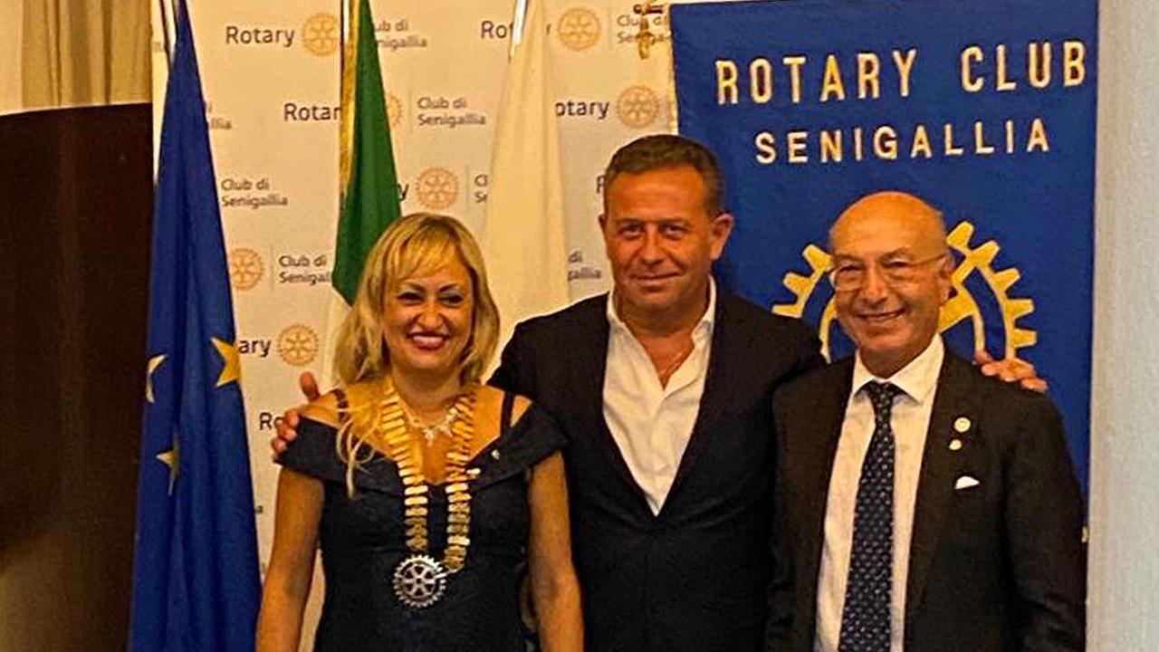 Rotary club Senigallia: Rossana Berardi subentra a Massimo Spadoni Santinelli. Il saluto del vicesindaco Maurizio Memè