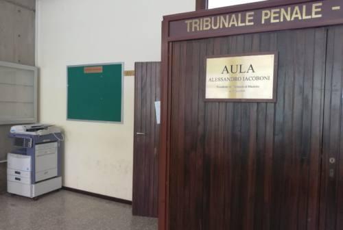 Falsi Moncler dalla Moldavia. Una condanna e tre assoluzioni