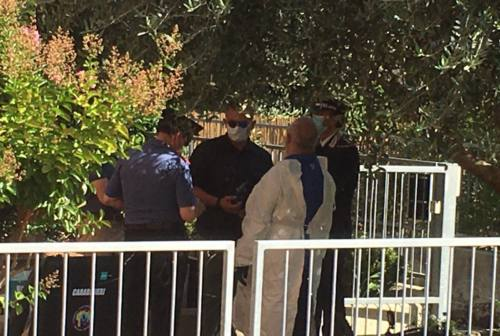 Omicidio di Jesi: «Ho sentito urlare e chiedere disperatamente aiuto», lo strazio e la paura dei vicini