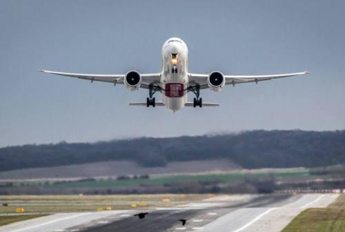 Dagli Emirati Arabi alla Russia passando per la Serbia: si moltiplicano i pacchetti vacanza vaccinali