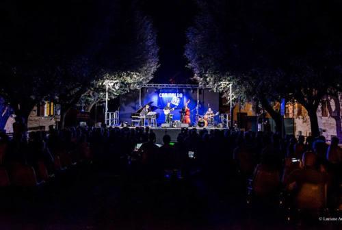 Sotto le stelle del jazz a Senigallia, concerti anche nel borgo con Corinaldo Jazz
