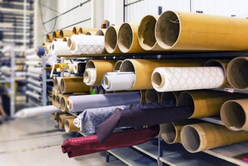 Pesaro, il giro d'affari del settore moda e tessile cala del 50%. Aziende allo stremo