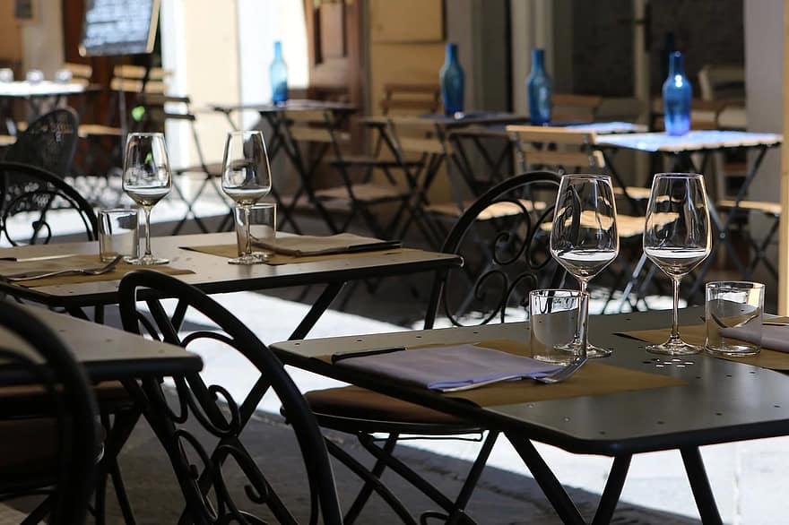 riaperture all'aperto di ristoranti, bar e locali; dehors; ristorazione; pubblici esercizi