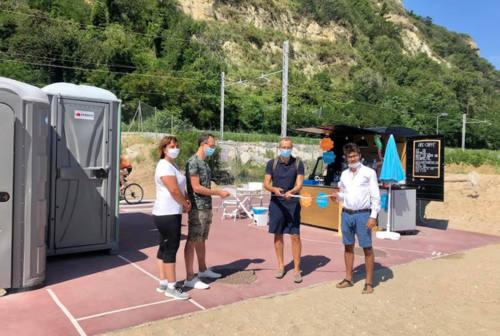 Pesaro, inaugurate le ultime due spiagge libere attrezzate a Sottomonte