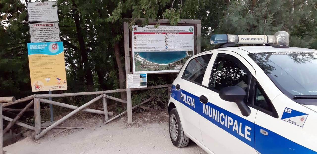 I controlli della Polizia locale a Mezzavalle
