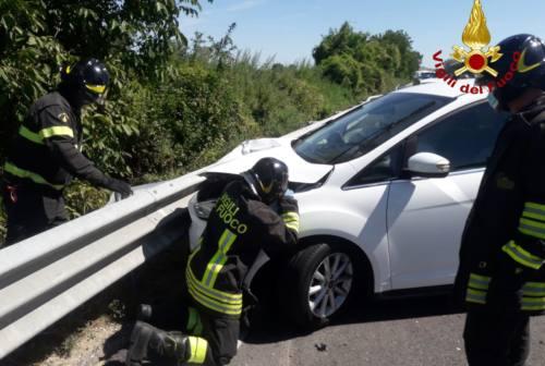 Pollenza, incidente in superstrada: un morto e due feriti