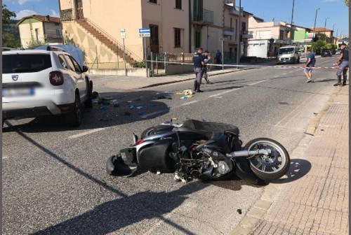 Moie di Maiolati, scontro frontale auto-scooter: centauro trasportato in eliambulanza a Torrette