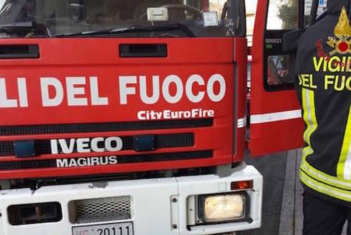Fabriano, incendio in appartamento: ustionato 80enne, è grave