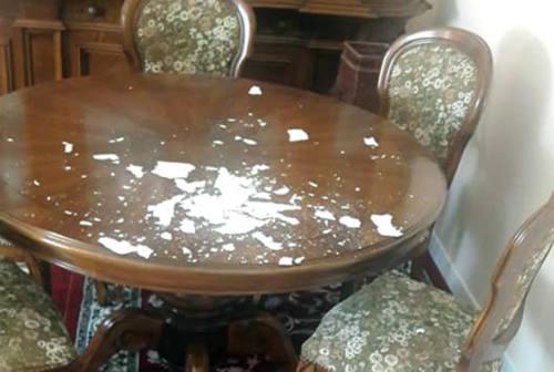 Pesaro, i ladri gli rubano la caldaia: infiltrazioni e danni in casa
