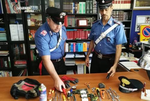Montemarciano, tentano un furto in un locale sul lungomare: coppia arrestata dai carabinieri