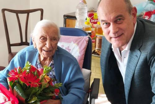Jesi, auguri alla nonnina che compie 104 anni
