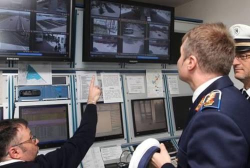 Pesaro, sindacati e Lega sulle dimissioni del comandante della Polizia Locale: «Paga gli errori di Ricci»
