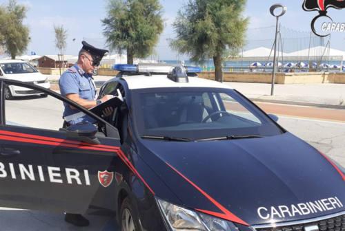Parcheggiatori e venditori abusivi: raffica di controlli a Senigallia