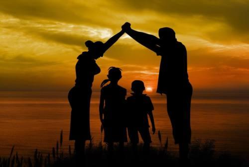 I figli hanno bisogno di amore soprattutto quando non se lo meritano. Le regole per migliorare la comunicazione in famiglia