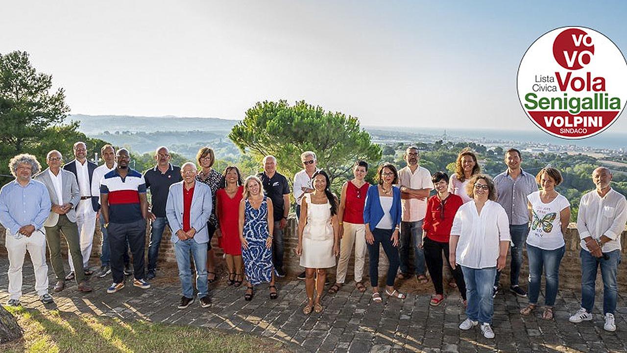 i candidati della lista civica Vola Senigallia