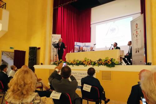 I 75 anni di Confcommercio Pesaro. Sangalli: «Rischio di tempesta perfetta»