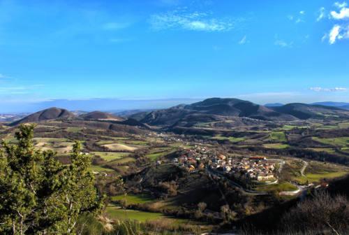 Poesia tra le mura a Serra Sant'Abbondio: nuova tappa del Grand Tour delle Marche