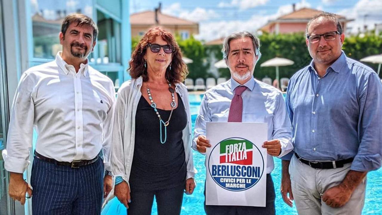 Nella foto da sinistra: il coordinatore provinciale di Forza Italia Daniele Silvetti, la professoressa Elena Giommetti, il senatore Francesco Battistoni e l'avvocato Roberto Paradisi
